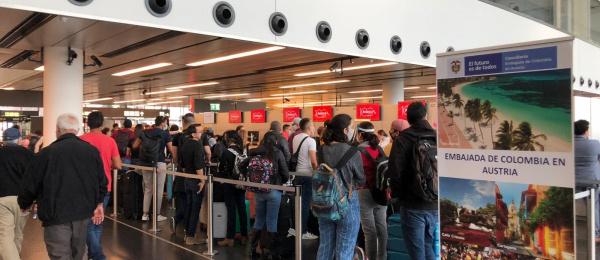 Retornan desde Viena 190 connacionales y extranjeros residentes en Colombia procedentes de 27 países